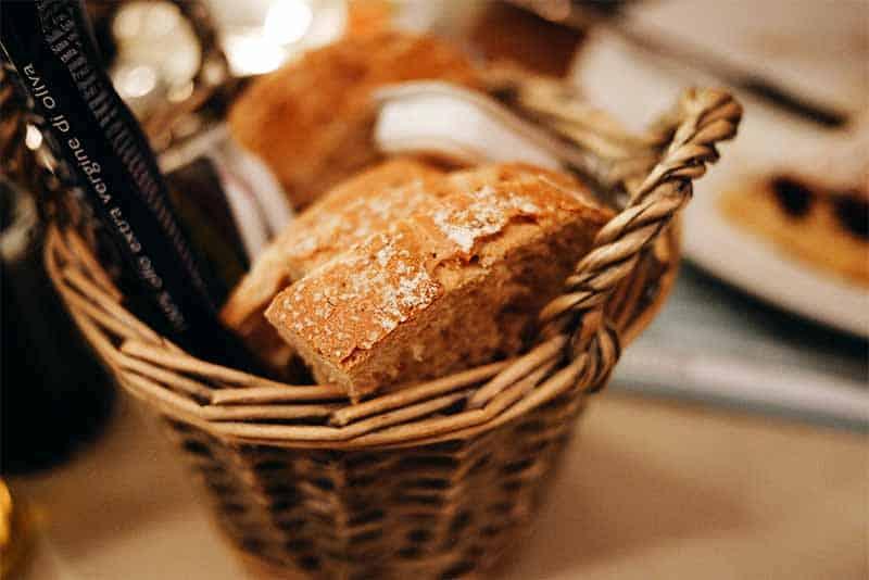Pre-meal bread
