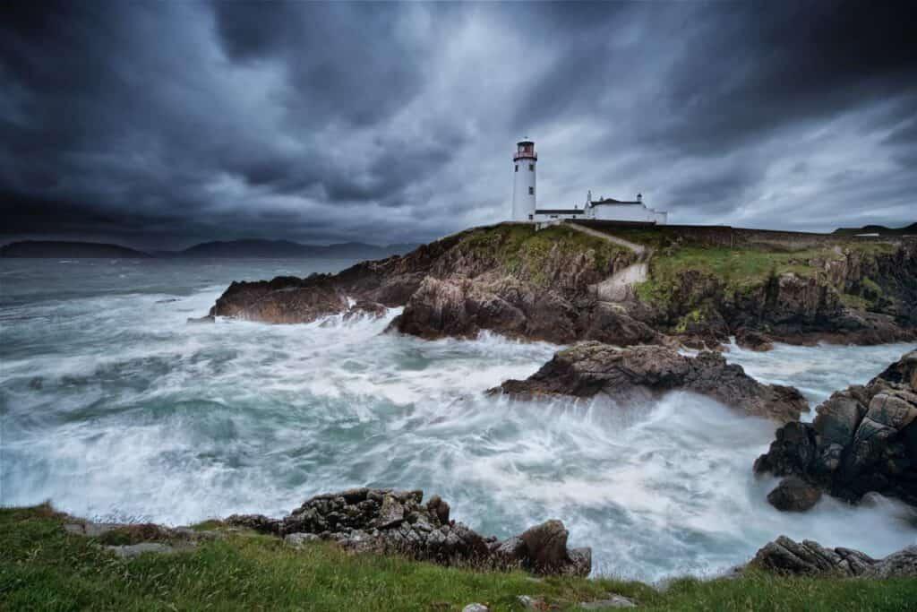 Wild coast of Ireland - Best Cruises to Ireland