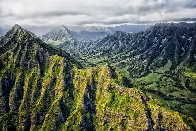 Hawaii Mountains - Best Time to Cruise to Hawaii