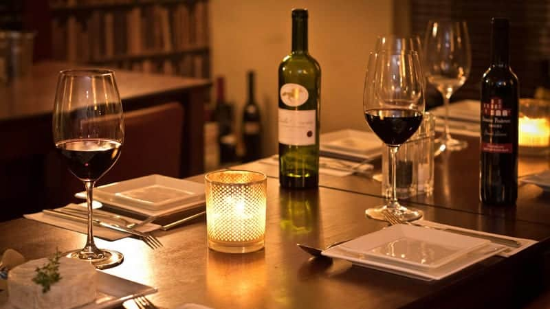 Romantic dinner with wine - Best Europe Cruises