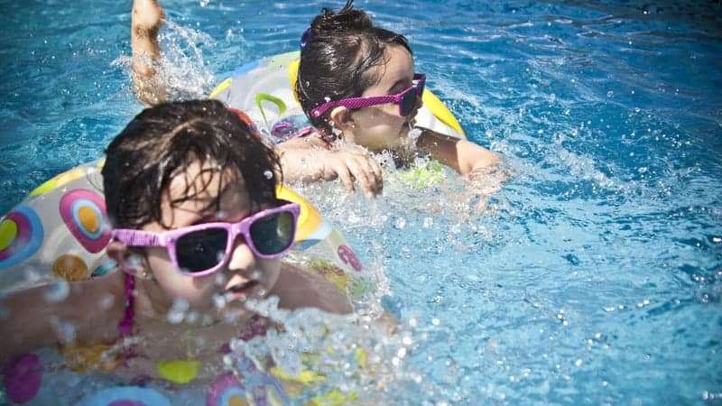 Children swimming - Best Cruise Lines for Families