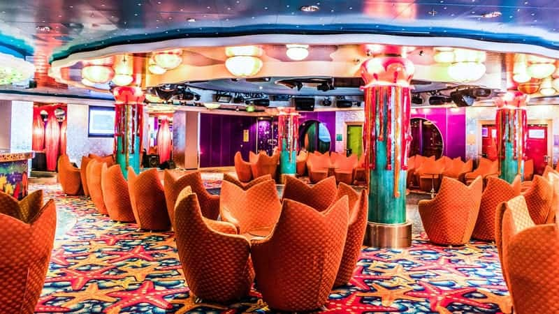 Lounge on a cruise ship - Evening entertainment on a cruise ship