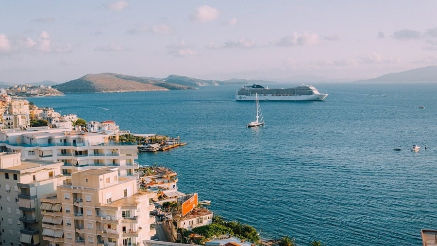 Family Reunion Cruise Benefits and Tips