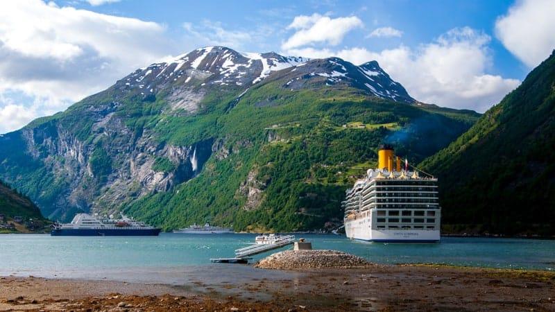 Cruise Travel Agent
