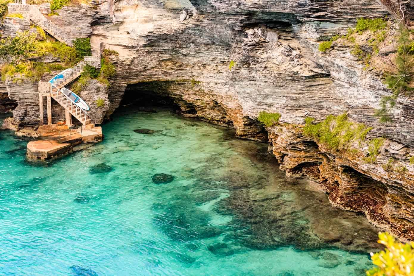 Cliffs meeting the ocean water in Bermuda.
