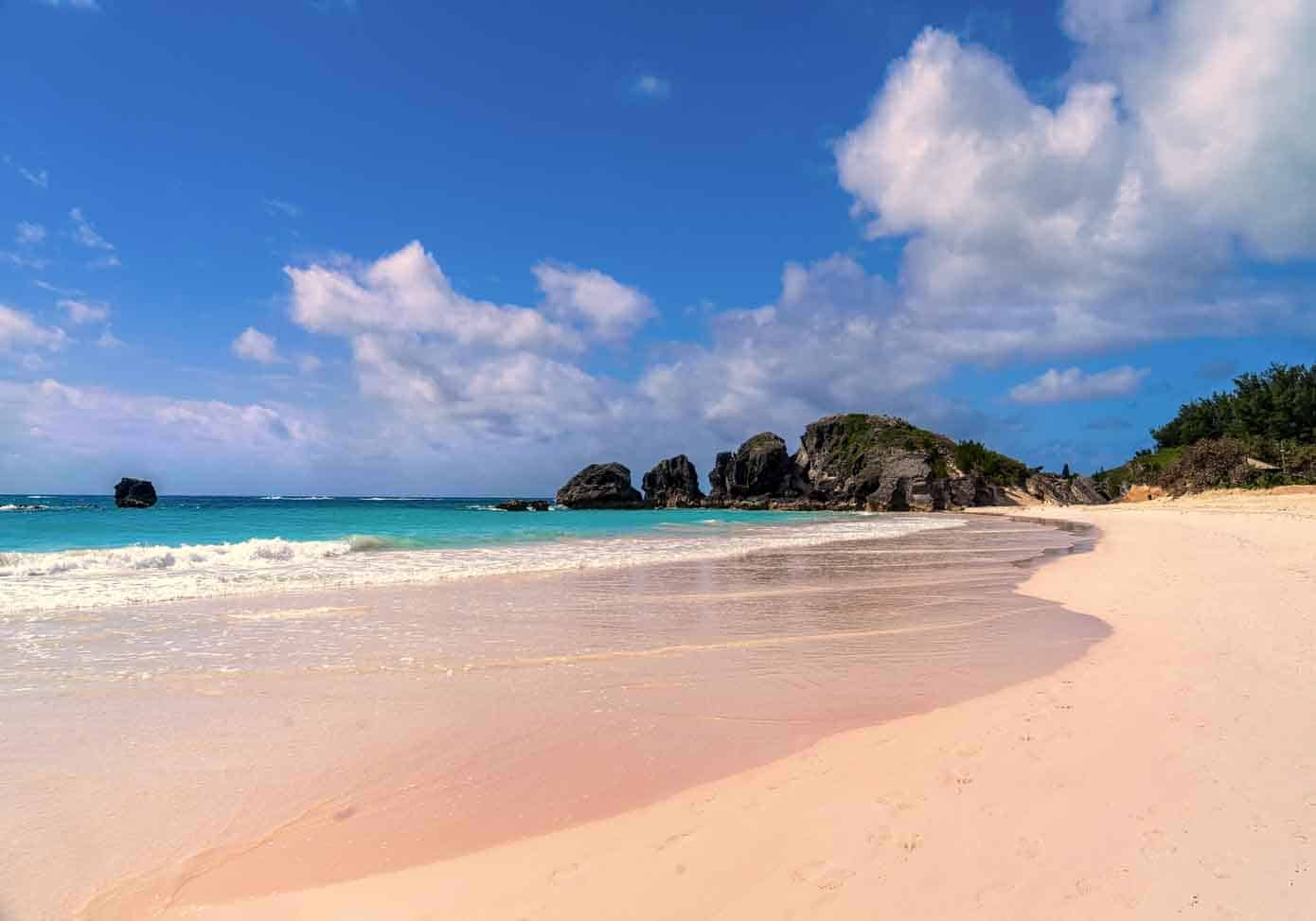 Beach with pink sand in Bermuda.