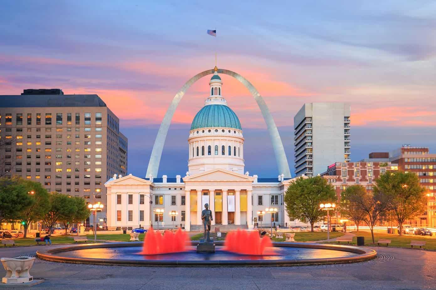 Downtown St. Louis, Missouri skyline and Gateway Arch.